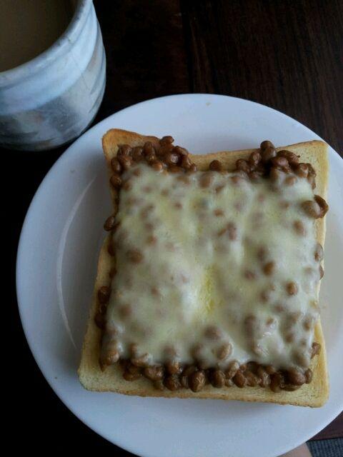朝納豆~♪チーズトーストでいただきます! - 20件のもぐもぐ - 今日は納豆の日。 by chem