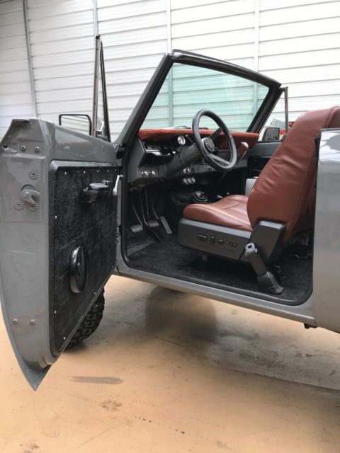 International Scout 2 Fully Restored Third Row 4x4 King Ranch Destroyer Grey In 2020 International Scout
