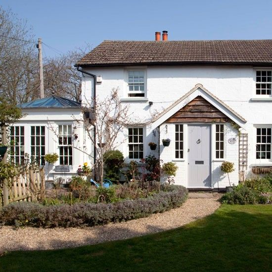 Exterior step inside an 18th century period home in for Beautiful homes photo gallery