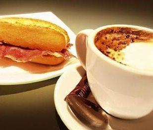 Entramos en el mes de octubre. Ahora sí se nota la rutina, los madrugones y los desayunos para empezar la mañana. ¡A coger fuerzas!