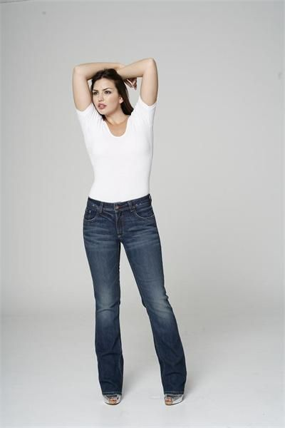 great plus size jeans -- IF THIS IS PLUS SIZE THEN THIS IS WHAT I ...
