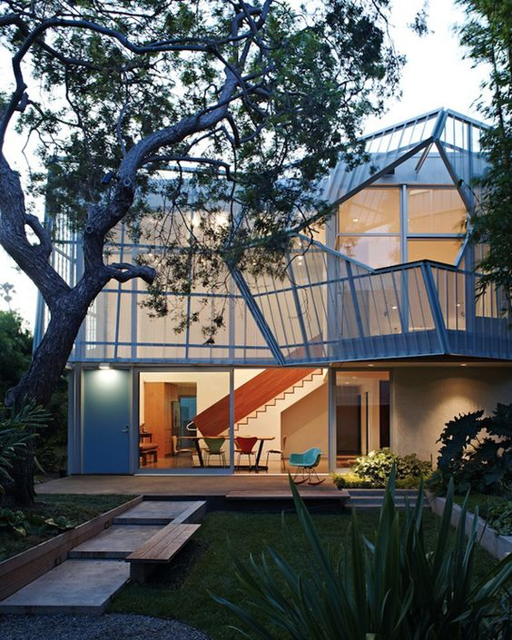 'Palms House' Renovation in Venice, California