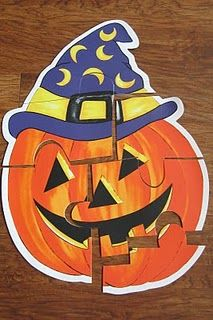 Cheap and easy Halloween place mat puzzles for toddlers and preschoolers!