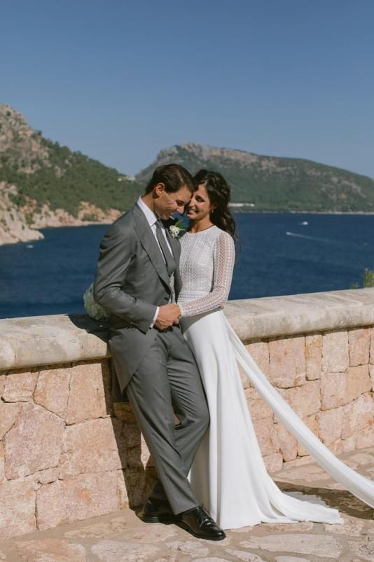 The Official Wedding Photographs Of Rafael Nadal And Maria Francisca Perello Have B Stunning Wedding Dresses Rosa Clara Wedding Dresses Celebrity Wedding Gowns