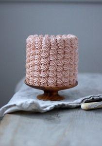 cake + platter perfection via Herriott Grace