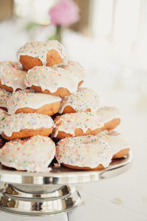 sprinkle doughnut towers