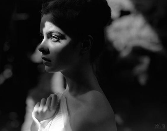 Portrait, pentax67, pentax, mediumformat, 120, medium format, girl, woman, light, bw, black&white, film, kodak, t-max, tmax, analogue, art, 105mm, irkutsk