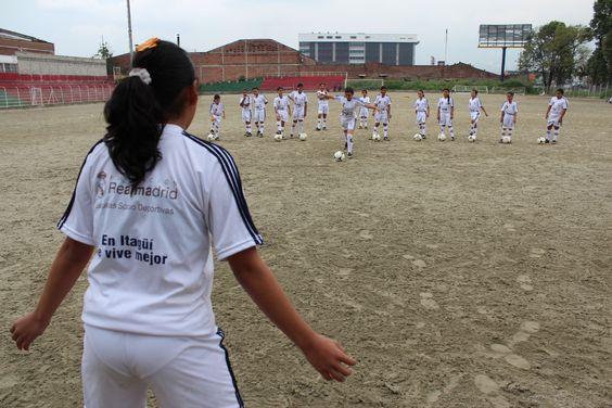 El Apoyo deportivo a los niños y niñas de nuestro municipio es una prioridad para nuestra administración.