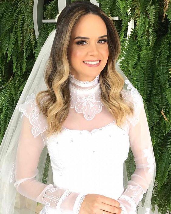 """Blog Casamento NOIVA DE EVASÊ on Instagram: """"Existe noiva princesa e existe a noiva Gabriela deslumbrante por @diegopmedeiros da fantástica equipe de @hegleyoficial! . Linda não,…"""""""