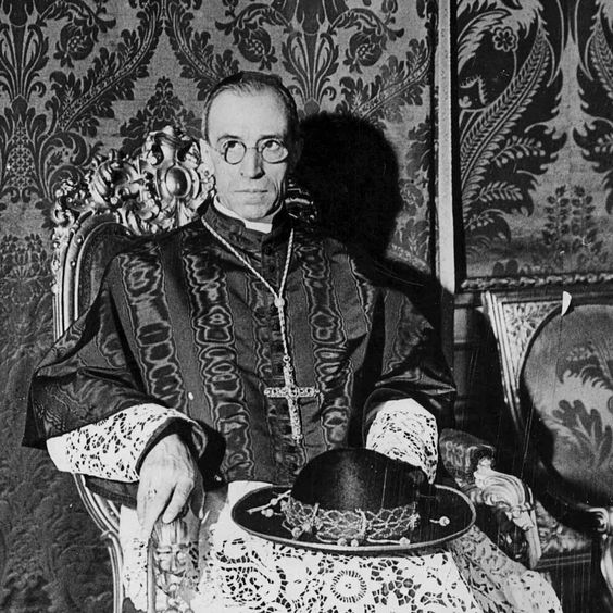 September 20, 1958: Pope Pius XII Says: Classes & Class Differences are Better for Society