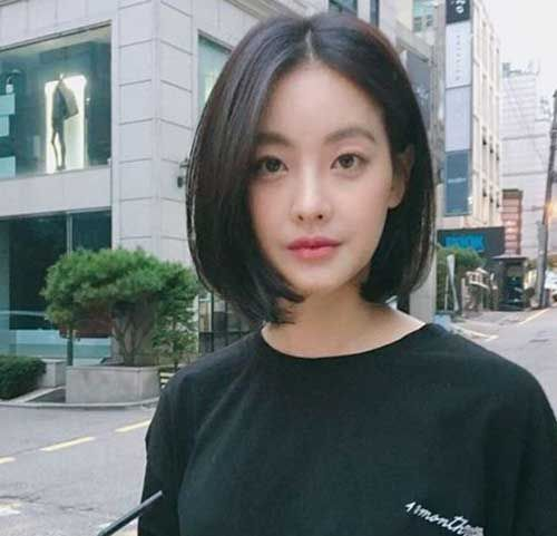 Click Image To View More About Asian Short Hairstyle With Bangs Asian Short Hair Korean Short Hair Short Hair Styles