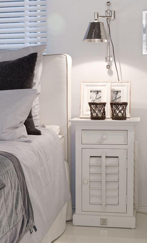 https://i.pinimg.com/564x/c0/09/01/c00901a4ab672b2d77905c69b9b7dfc5--riviera-maison-bedroom-hamptons-decor.jpg