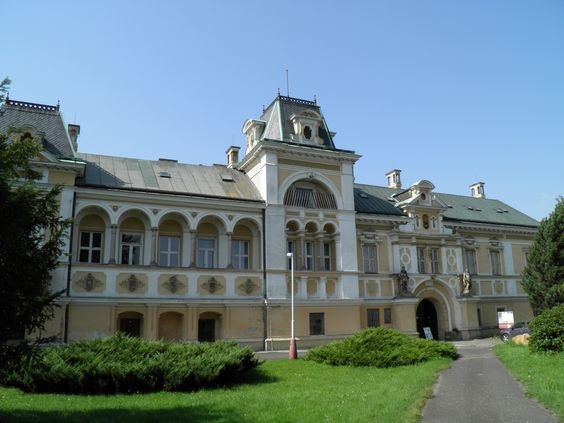 Svetla n. Saz. -The facade of the castle - Svetla nad Sazavou, Vysocina, Czech Republic