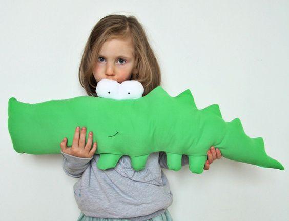 Kuscheltiere - crocodile - ein Designerstück von kurad bei DaWanda