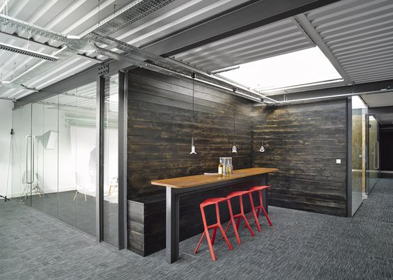 uniform is a creative digital agency that helps brands connect with their customers their office was designed by snook architects and is located in a agency office literally disappears hours