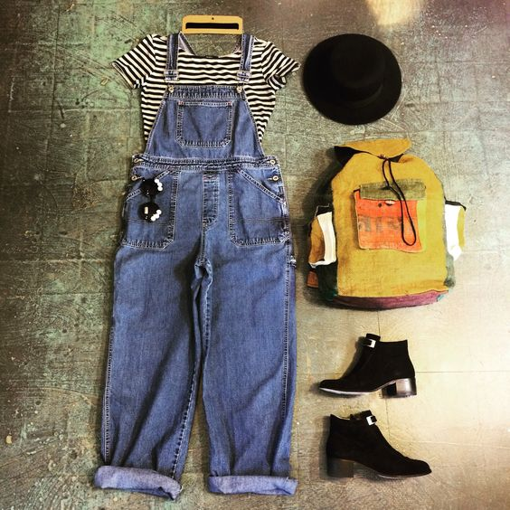 Hey #90s babes!! These denim #overalls (size medium) are now in store and online. Link in bio to shop. ✌🏻 . . . #Heytigerlouisville #shopheytiger #etsy #etsyshop #etsyseller #instavintage #instafashion #vintage #vintageshop #vintagefashion #vintagestyle #retro #90sfashion #outfitoftheday #outfit #ootd #flatlay #backtoschool #festivalfashion #style #fashion #grunge