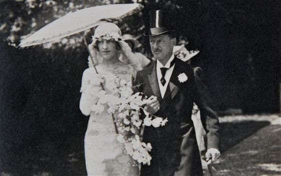 Gladys Deacon on her wedding day to the Duke of Marlborough,1921. Photo Courtesy of Hugo Vickers.