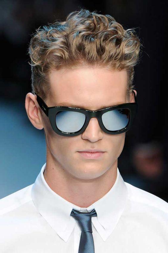 cheveux blonds ondulés coiffure homme cheveux homme