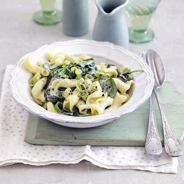 Pasta mit Spinat und Gorgonzola Rezept | Küchengötter