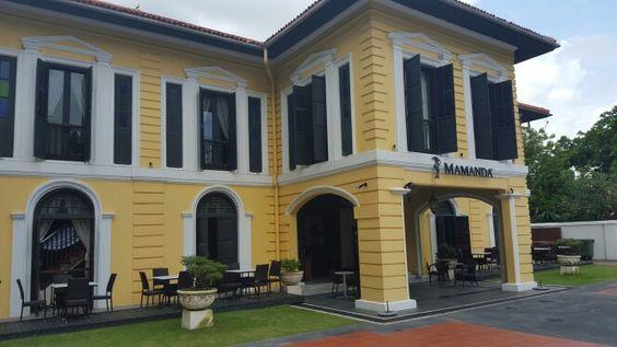 Mamanda in Arab Street, Singapore