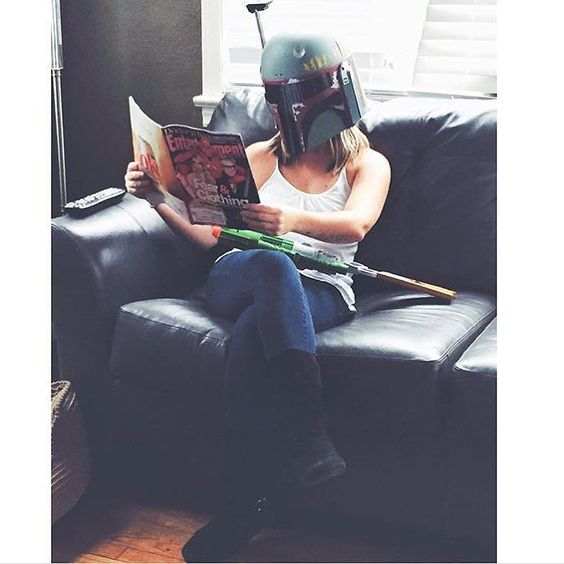 @beachin_mama is just enjoying some #booksandbuckets over here... by: @force_girls