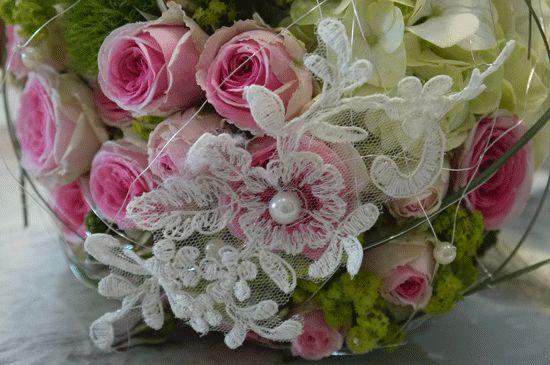 Spitze ins Bouquet eingearbeitet <3 <3 Wowww!!