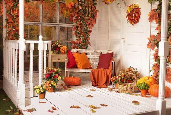 Deco Automne Romantique Bruyere Erica : D� coration ext� rieure d automne banc en bois patin� revêtement