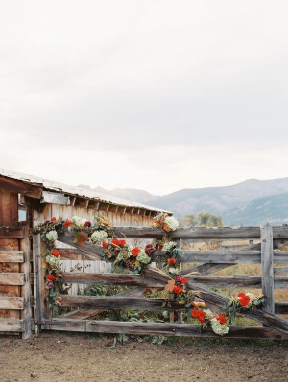 Wild West Wedding Inspiration | Photos by Rebecca Hollis
