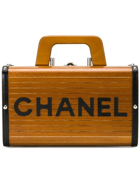 Comprar Chanel Vintage estuche de maquillaje de madera en Amore from the world's best independent boutiques at farfetch.com. Descubre 400 boutiques en 1 sola dirección.