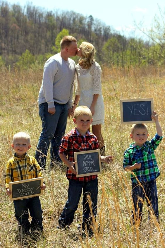 Engagement picture ideas for blended family :) I used Pinterest as my main inspiration so I thought I would share mine!