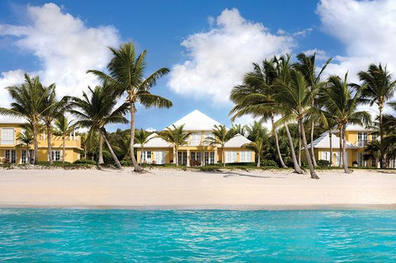 Vacation Like Oscar de la Renta - The Designer's Guide to Punta Cana - Town & Country Magazine