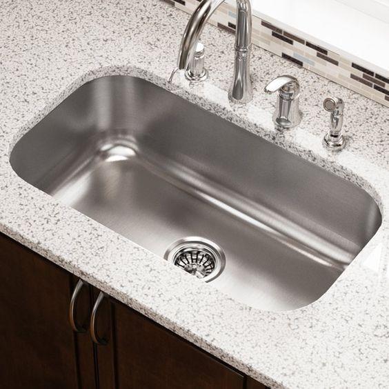 Stainless Steel 31 X 18 Undermount Kitchen Sink In 2020 Sink Undermount Kitchen Sinks Stainless Steel Kitchen Sink
