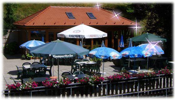 #Biergarten #Terrasse den Sommer draußen genießen in #Oberfranken #Franken #Nordbayern #Urlaub #Fichtelgebirge #Frankenwald #Bayern #Deutschland www.gasthof-pension-entenmuehle.de