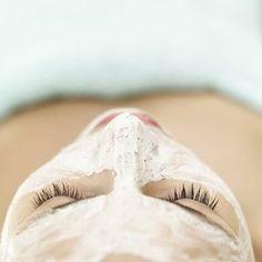 DIY egg white face mask - Instant Face Lift!