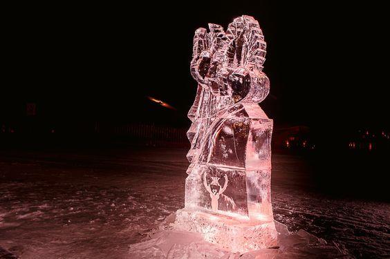 Eisskulptur Hochzeitslogos Ice sculpture wedding Hochzeitsplanung Winterhochzeit Hochzeitsorganisation www.prime-moments.com