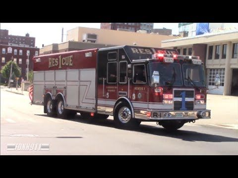 Manchester Nh Rescue 1 And Amr Responding Fire Trucks Emergency Vehicles