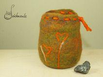 Utelsilo aus Filz mit Glaseinsatz für Stifte oder sonstiges. (handgefilzt)