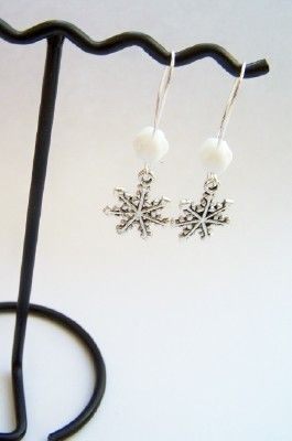 I love these :) I think I know someone that could help me make these
