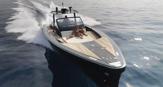 Center console monohull boat / triple IPS / yacht tender / sundeck - SR52 Blackbird - Windy - Videos