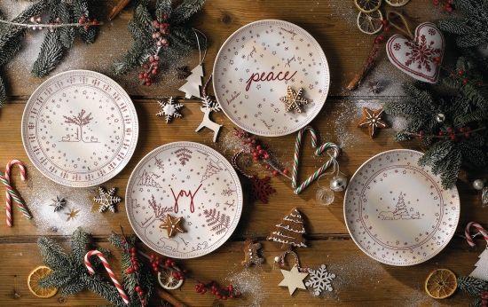Ellen Degeneres Christmas Accents Plate 21cm Set Of 4 Royal Doulton Australia With Images Holiday Serveware Holiday Season Christmas Christmas Wonderland