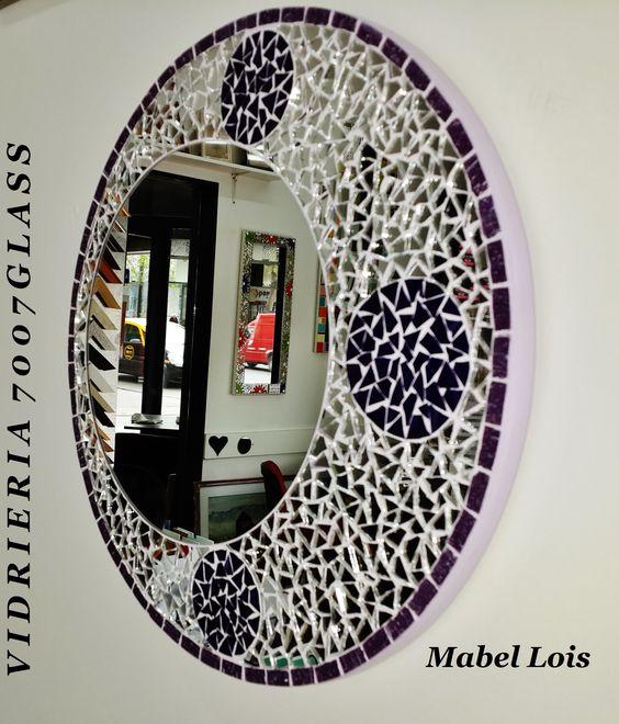 Espejo circular con espejitos venecitas y vidrio color for Espejo circular