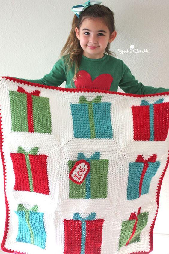 Gift Box Granny Square Blanket #repeatcrafterme #crochet #grannysquare #giftbox #blanket