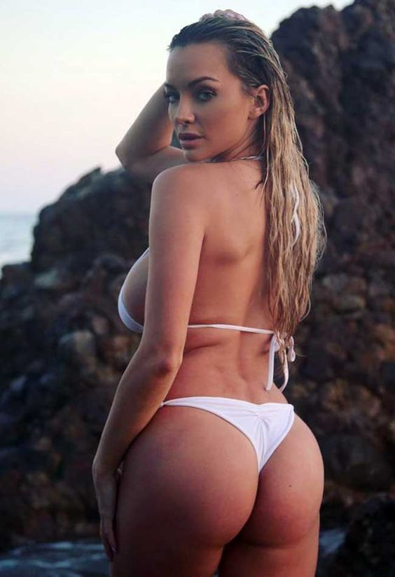 Lindsey Pelas Can't Stop Her Massive Size 32DDD Natural Chest From Pouring Out (50 Photos)