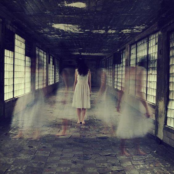 Mysterious Photography by Sarah Ann Loreth