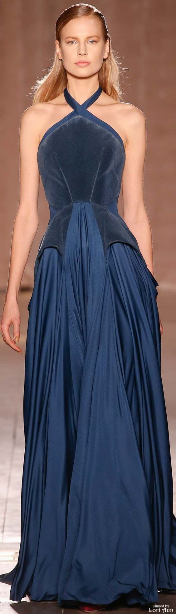Zac Posen Fall 2015 RTW----'Elizabethan inspired design' JT https://www.pinterest.com/jthomasson0281/inspiring-fashion/