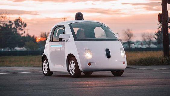 Google will bei seien elektrischen Zweisitzern für den Stadtverkehr die Steuerung dem Computer überlassen.