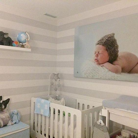 ¡Qué habitación tan acogedora y bonita! El lugar ideal para dormir a tu bebé. Con la cuna de bebé MATHS, de medidas 60x120cm es podrás crear una de las habitaciones infantiles más originales y coloridas. Tienes una gran variedad de dónde elegir.