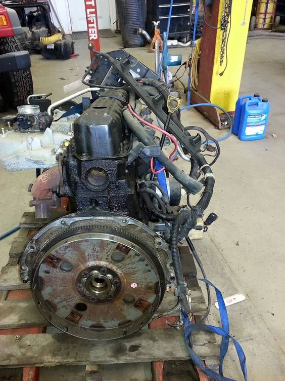 Jeep cherokee Motor : 1999-2004 - $595 (elkart)
