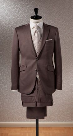 Masterhand ~ bride groom suit / usher suit ~ Groomsmen suit. Formal wear from www.tuxntails.co.uk