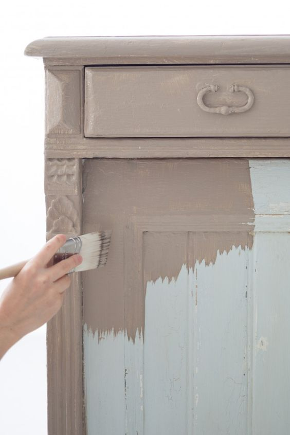 Diy chalk paint tutorial vintage gorgeousness is only a for Homemade furniture tutorials